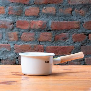 Fujihoro White Sauce Pan with wooden handle by Jugmug Thela
