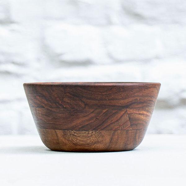 Dona---Serving-Bowl-in-Sheesham-Wood-Medium-jugmug-Thela